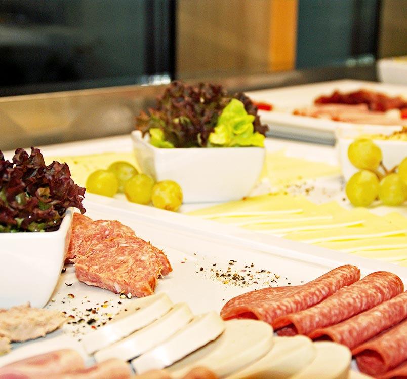 Frühstücksbuffet im Energiehotel KULTIVIERT